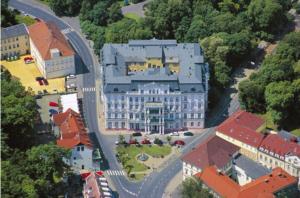10 300x198 - مصح القيصر في التشيك